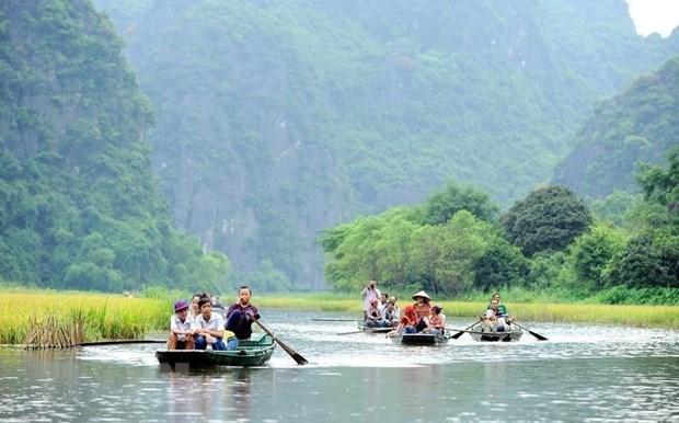 Armonizan la conservacion y el desarrollo del patrimonio cultural de Trang An hinh anh 2