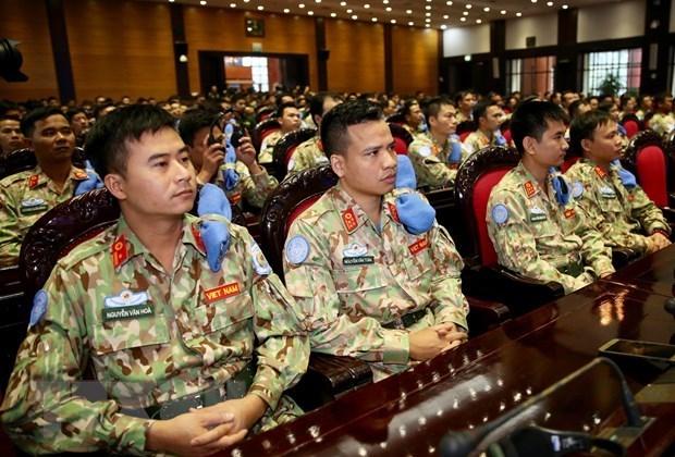 Miembros del Segundo Hospital de Campana de Vietnam parten para mision de paz en Sudan del Sur hinh anh 1
