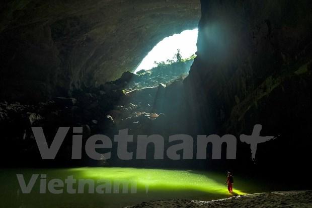 Recorrido por Cueva En: Un regreso a la era prehistorica hinh anh 1