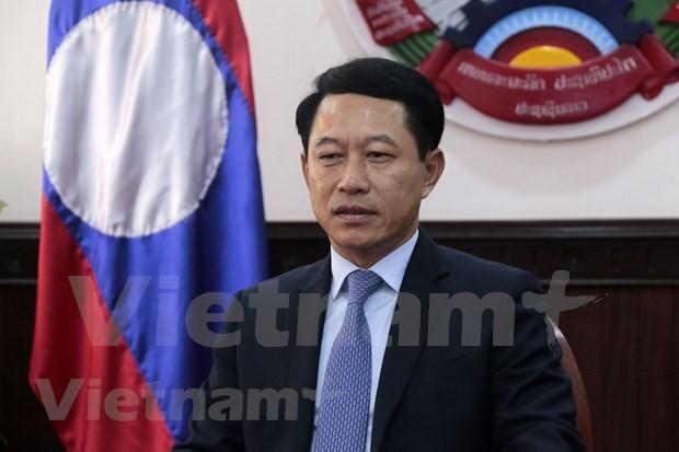 Laos destaca papel y contribuciones de Vietnam a ASEAN hinh anh 1