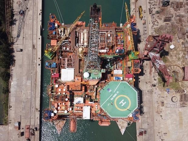 Empresa de construccion naval Dung Quat impulsa actividades en tiempos del COVID-19 hinh anh 1