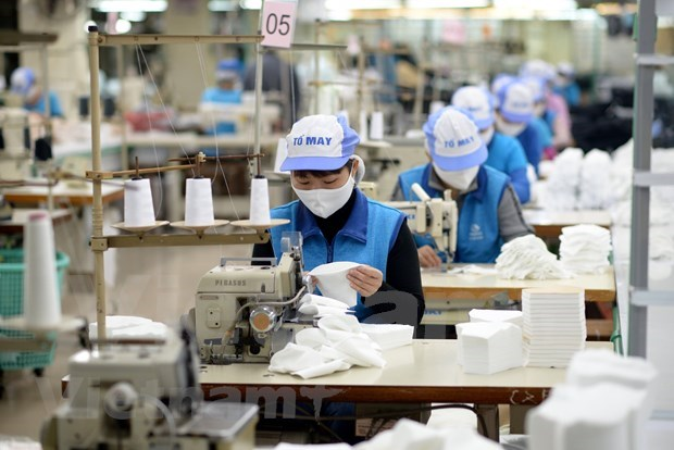 Vietnam lanza paquetes de asistencia a personas afectadas por COVID- 19 hinh anh 1