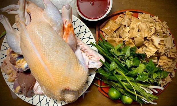 [Foto] Cambian sabores con plato delicioso de Bun Ngan los fines de semana hinh anh 1