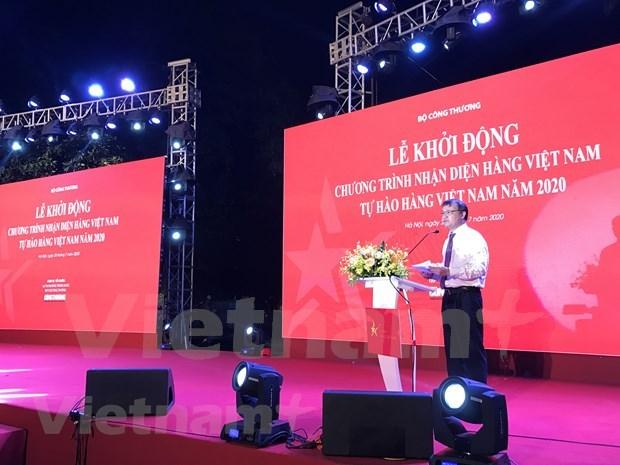 """Programa """"Orgullo de productos vietnamitas"""" estimula consumo domestico hinh anh 1"""