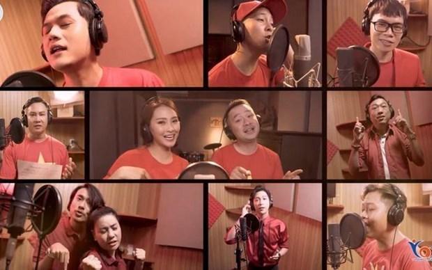 Presentan en Vietnam video musical sobre la autoproteccion contra el COVID-19 hinh anh 1