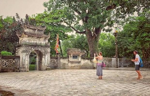 Vietnam estimula el turismo domestico para recuperar la industria sin humo hinh anh 1