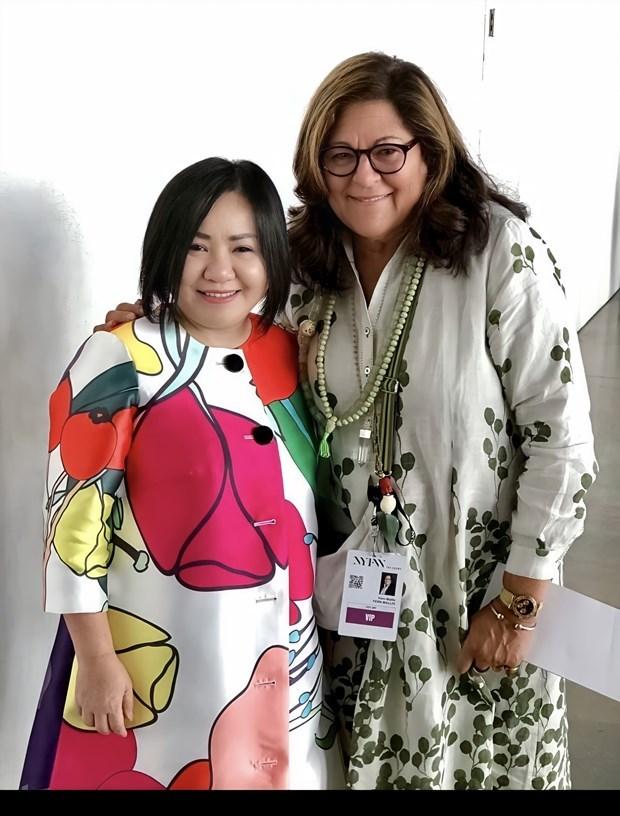 Primera vietnamita asume presidencia de la Asociacion de Moda de ASEAN hinh anh 1