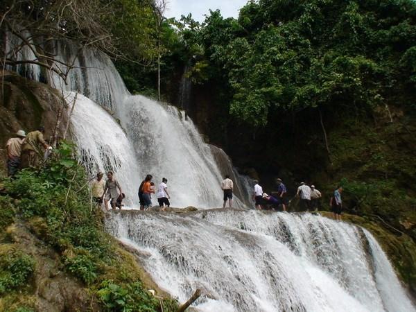 Provincia vietnamita de Tuyen Quang apunta a convertir el turismo en sector economico puntero hinh anh 2