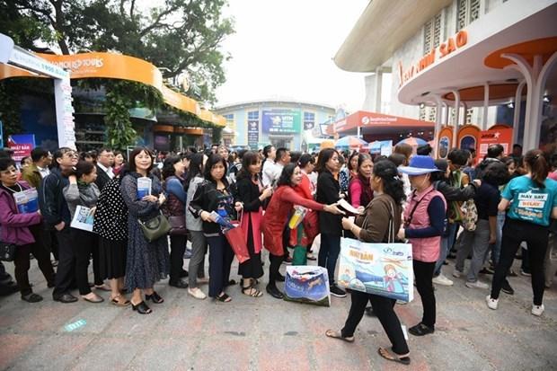 Turismo vietnamita decidido a superar la tormenta COVID-19 hinh anh 2