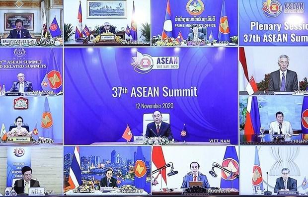 Vietnam guia a ASEAN para consolidar papel central en region, segun vicecanciller hinh anh 2