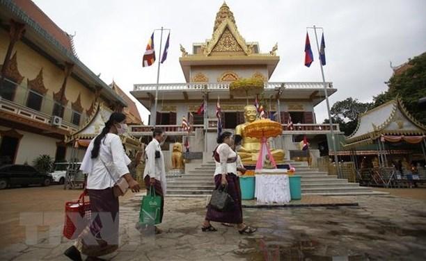 Camboya aprecia apoyo de Vietnam en lucha contra el COVID-19 hinh anh 1