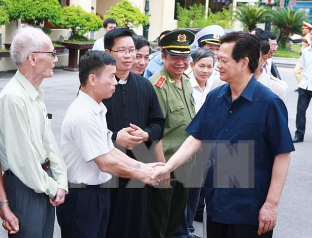 Premier se reune con votantes de Hai Phong hinh anh 1