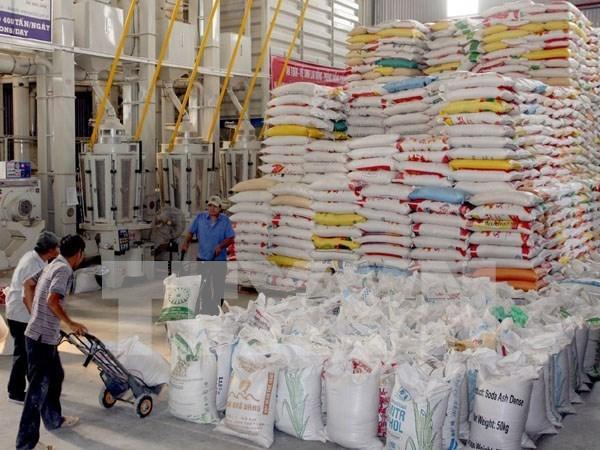 Sector industrial vietnamita se esfuerza para superar dificultades hinh anh 1