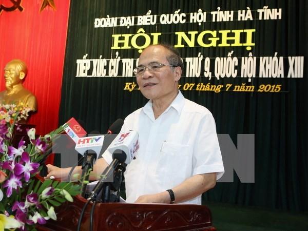 Presidente de parlamento dialoga con votantes en provincia central hinh anh 1