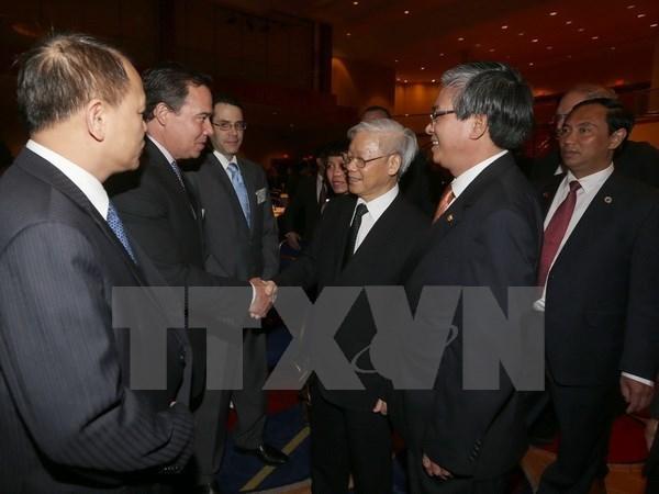Lider partidista dialoga con empresarios estadounidenses hinh anh 1