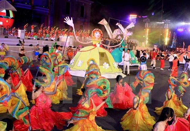 Clausuran festival maritimo Nha Trang 2015 hinh anh 1