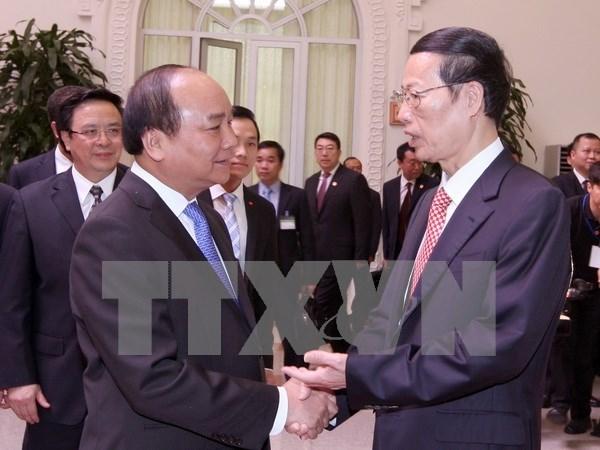 Fomentan Vietnam y China cooperacion en diversos campos hinh anh 1