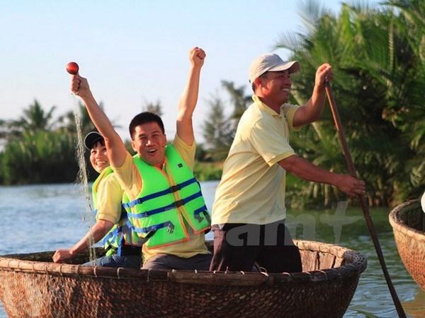 Oportunidades y desafios de la AEC para el turismo vietnamita hinh anh 1
