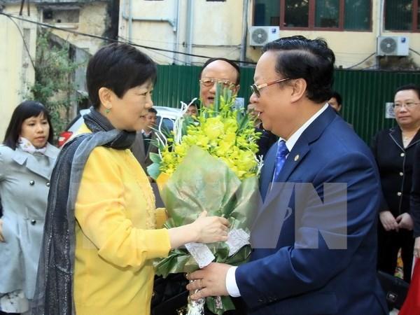 Ciudadana china honrada por aportes a amistad con Vietnam hinh anh 1