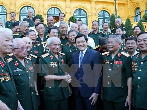 Urgen a veteranos seguir tradicion heroica para desarrollo nacional hinh anh 1