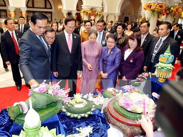 Visita de premier a Tailandia, nuevo hito en nexos bilaterales hinh anh 1