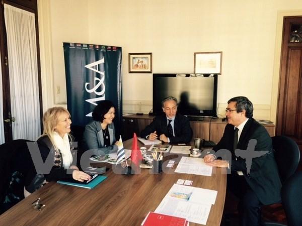 Vietnam promueve relaciones de colaboracion con Uruguay hinh anh 1