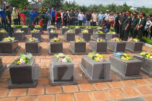 Dedica Vietnam gran empeno en identificar restos de martires hinh anh 1