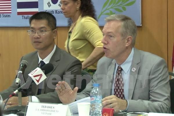 Embajador estadounidense enfatiza importancia de lazos con Vietnam hinh anh 1