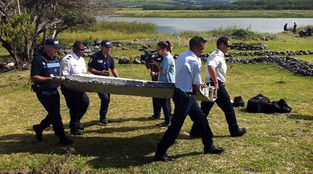 Malasia: pertrecho encontrado es probable de un Boeing 777 hinh anh 1