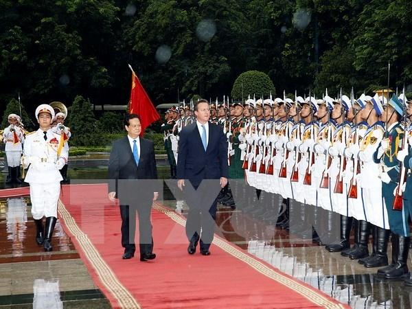 Economia- patron clave en nexos entre Vietnam y Reino Unido hinh anh 1