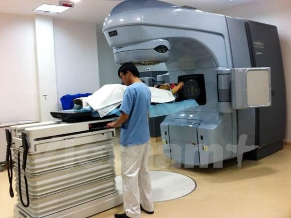 Dotado hospital Hue con acelerador lineal gracias a Australia hinh anh 1