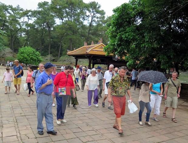 Ligero aumento de turistas foraneos a Thua Thien-Hue hinh anh 1