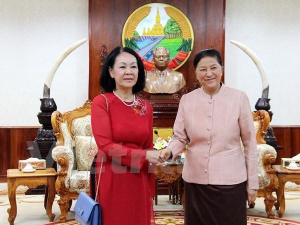 Laos estudiara experiencias en desarrollo de Vietnam hinh anh 1