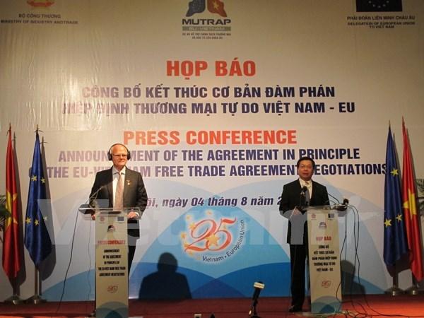 Vietnam y UE alcanzan basicamente Tratado de Libre Comercio bilateral hinh anh 1