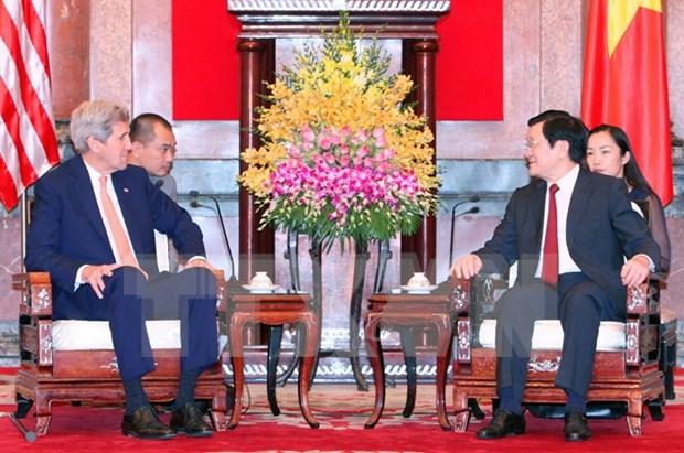 Presidente vietnamita recibe a John Kerry hinh anh 1