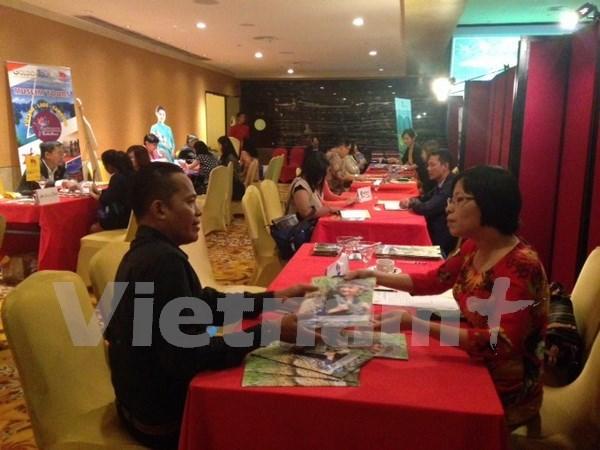 Vietnam promueve turismo en Indonesia hinh anh 1