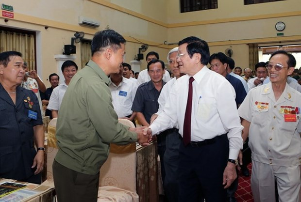 Presidente vietnamita realiza visita de trabajo a provincia central hinh anh 1