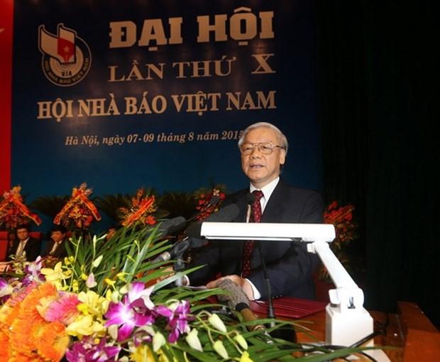 Urgen a prensa vietnamita consolidar confianza de poblacion hinh anh 1