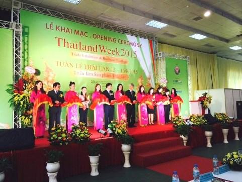 Inauguran feria de productos tailandeses 2015 en Hanoi hinh anh 1