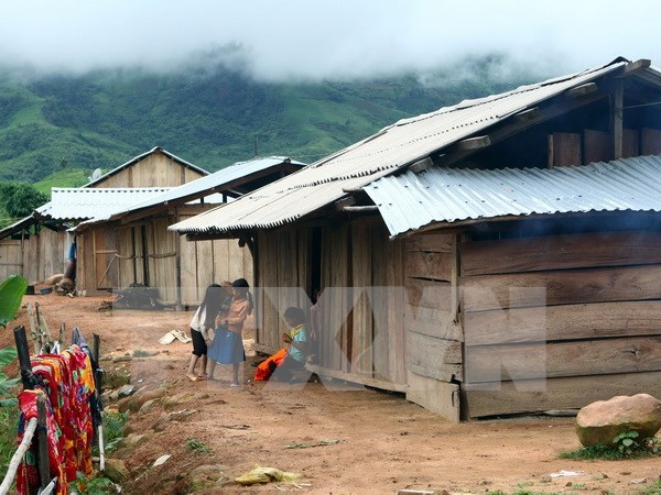 Promulgan politica habitacional a favor de familias pobres hinh anh 1