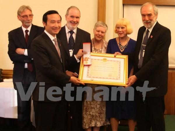 Momento para desarrollar nexos Vietnam-Reino Unido hinh anh 1