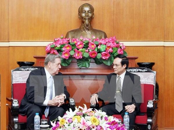 Vicepresidente de FPV recibe a funcionario religioso estadounidense hinh anh 1