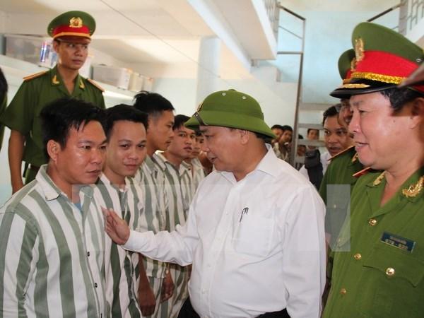 Revisan lista de condenados beneficiados de amnistia hinh anh 1