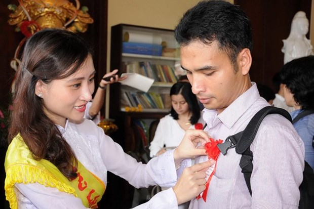 Celebran ceremonia vietnamita Vu Lan en Tailandia hinh anh 1