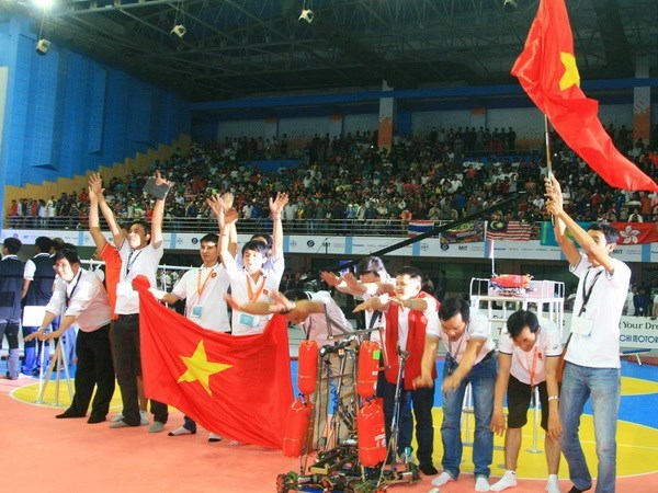 Conquista Vietnam concurso regional de robotica hinh anh 1