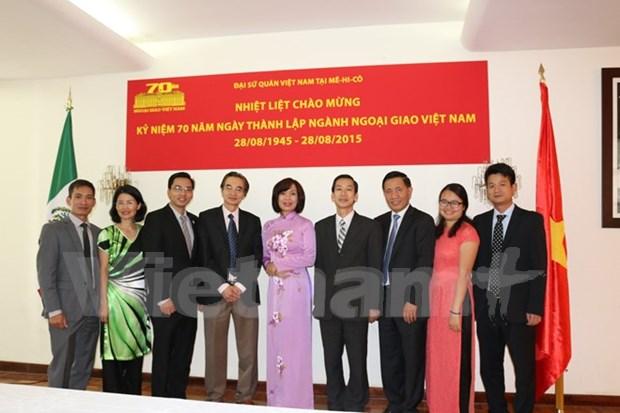 Conmemoran 70 anos de diplomacia vietnamita en Mexico hinh anh 1