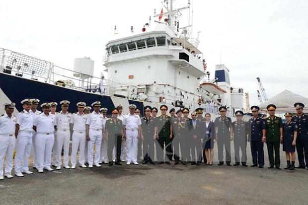 Barco de guardacostas indio visita Ciudad Ho Chi Minh hinh anh 1