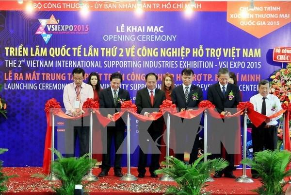 Inauguran exposicion sobre industria auxiliar vietnamita hinh anh 1