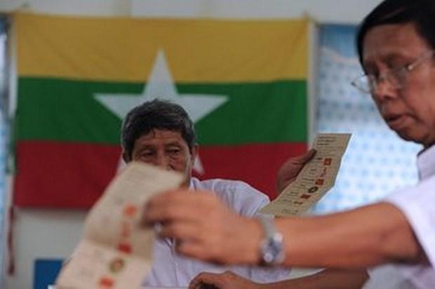 Permite Myanmar promover campana electoral en television hinh anh 1