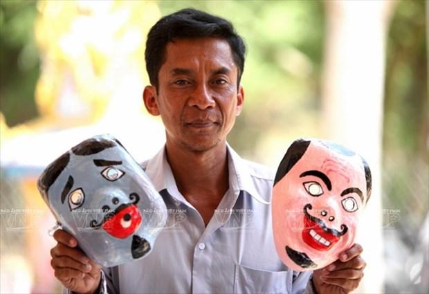 Empenado khmer en conservar valor de misteriosas mascaras hinh anh 6